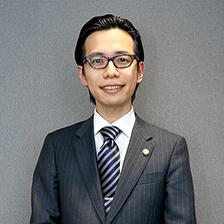 アソシエント弁護士 磯田 直也